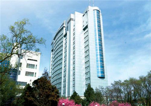 青海人民医院体检中心大楼