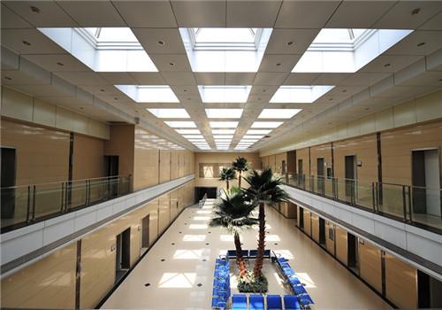 河北大学附属医院体检中心走廊