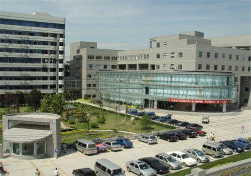 平湖第一人民医院体检中心外景