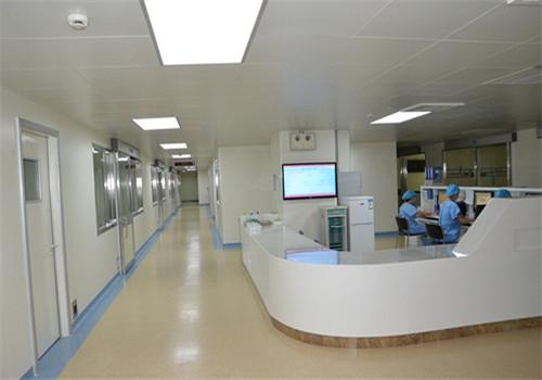 徐州医学院附属医院体检中心走廊