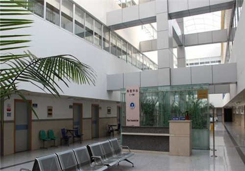 江苏省江阴市人民医院体检中心服务中心