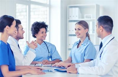 体检尿常规查什么 体检验尿这项目能检查什么