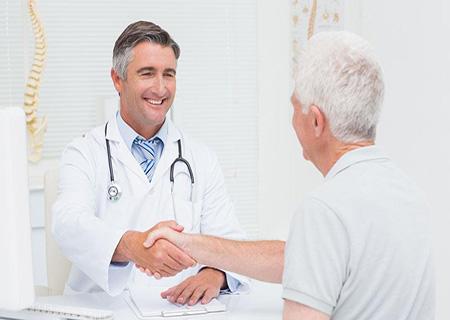 70岁老年人可以做哪些身体检查 老人体检要查什么
