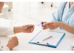 胃炎多久做一次胃镜 出现胃炎需要做哪些检查