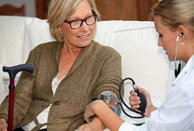 50岁女性体检必检项目 女性体检查什么