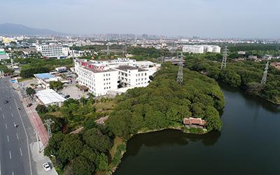 医院外景.jpg